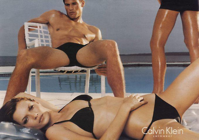 Goffman Gender Advertisements Rituatlization of Subordination Kate Moss Chris Kremer