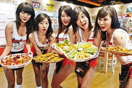 Hooters Korea